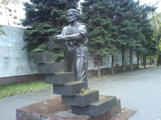 Ростовский скульптор Евгения Лапко.