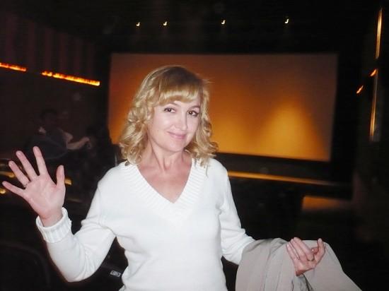 Галина Пилипенко в египетском кинотеатре (sharmelsheikh cinema roseiz)