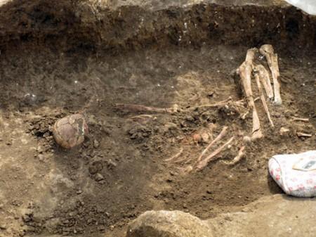 Погребение эпохи ранней бронзы. Возраст - около 3 тыс. лет до н.э.
