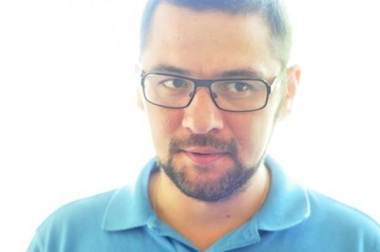 Художник Анвар Гумаров начал совместную работу с Максимом Кальсиным в Ростовском Молодежном театре