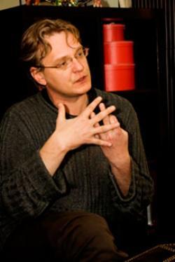 Максим Кальсин готов выпустить «Отражения» в Ростовском Молодежном театре уже в середине апреля