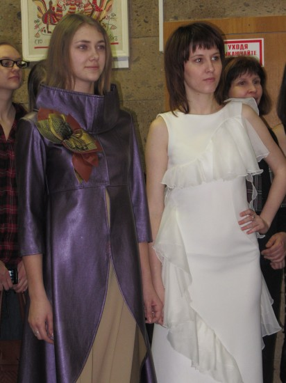 Выставка так и называется – «Встречают по одёжке»