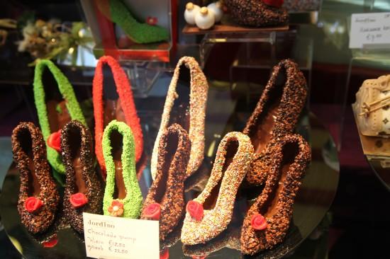 Именитые дизайнеры не придерутся – и сумочки и туфли из шоколада