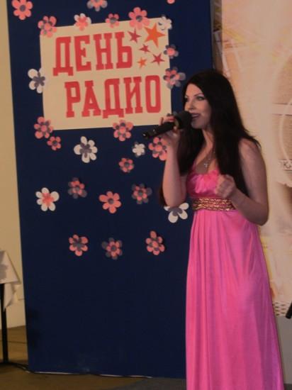 Прелестная певица Кристина Бурова