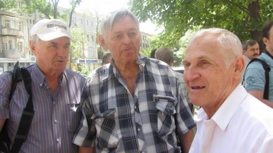 Товарищи Владилена Левшина. в центре - Виктор Тогашов - мастер спорта международного класса.