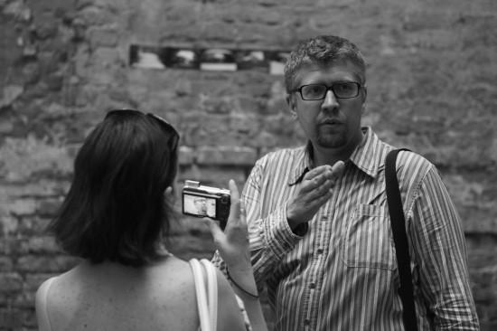 """""""Окна во двор"""" Миша Малышев. Фотокарточка: Дмитрий Посиделов"""