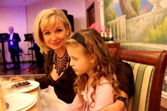 Эвелина Суперата и дочка. Теперь живут не в Ростове, а в Сочи