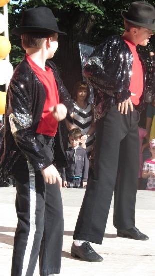Трио Джексон. Школа танцев Сарафан