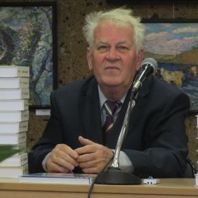 В Ростове вручили стипендии профессора Смирнова