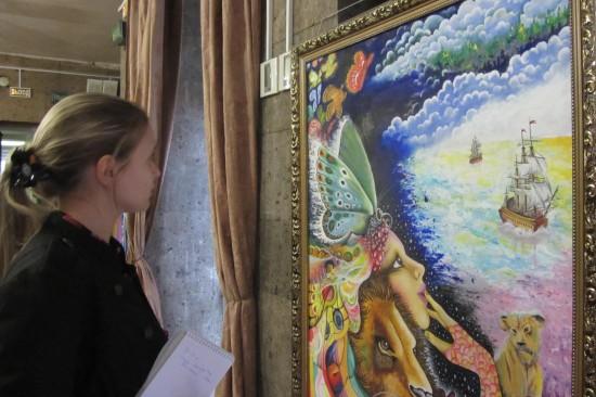 Выставка Лены Беженовой в Ростове. Фото Галины Пилипенко
