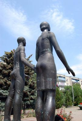 Памятник «Клятва юности». 2012 год.
