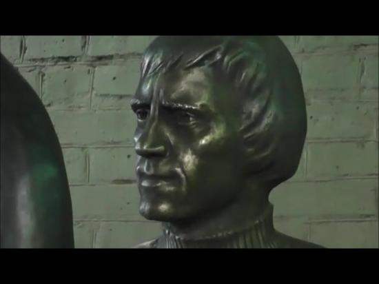 Высоцкий В. - скульптура