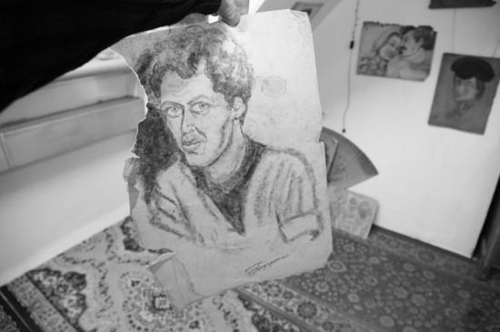 Эльфрида Новицкая. Портрет поэта Александра Брунько. Фото: Дмитрий Посиделов