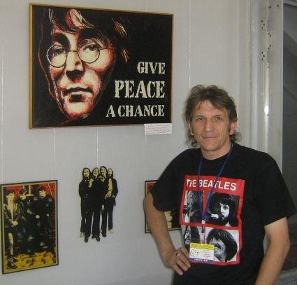 Выставка Виталия Щербака «Джон Леннон — Человек Мира»