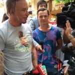 Микки Рурк и футболки с изображением Путина