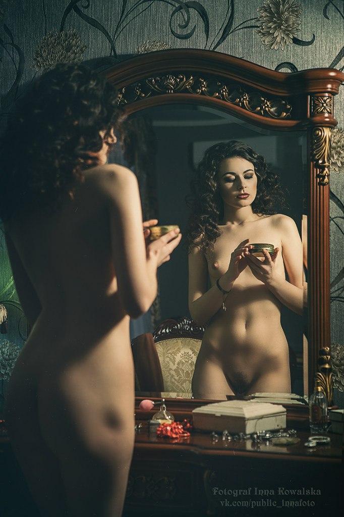 На фото Инны Ковальской - Карина в образе булгаковской Маргариты