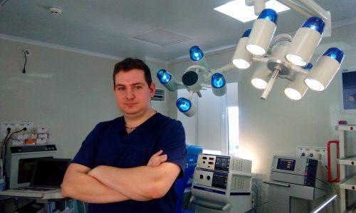 интервью с Константином Бадьяном (врач-уролог хирургического отделения N1 КДЦ «ЗДОРОВЬЕ»).