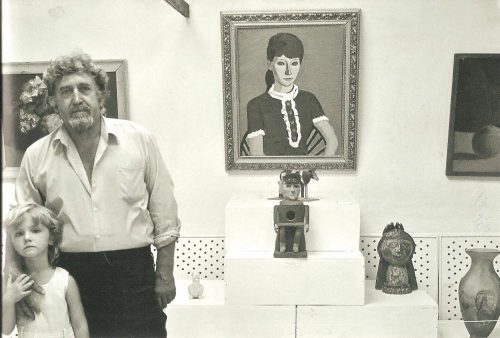 Искусствовед Александр Токарев с дочерью Алисой на выставке в Старочеркасске