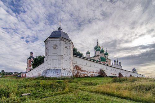 Ансамбль Успенского Горицкого монастыря в Переславле-Залесском.