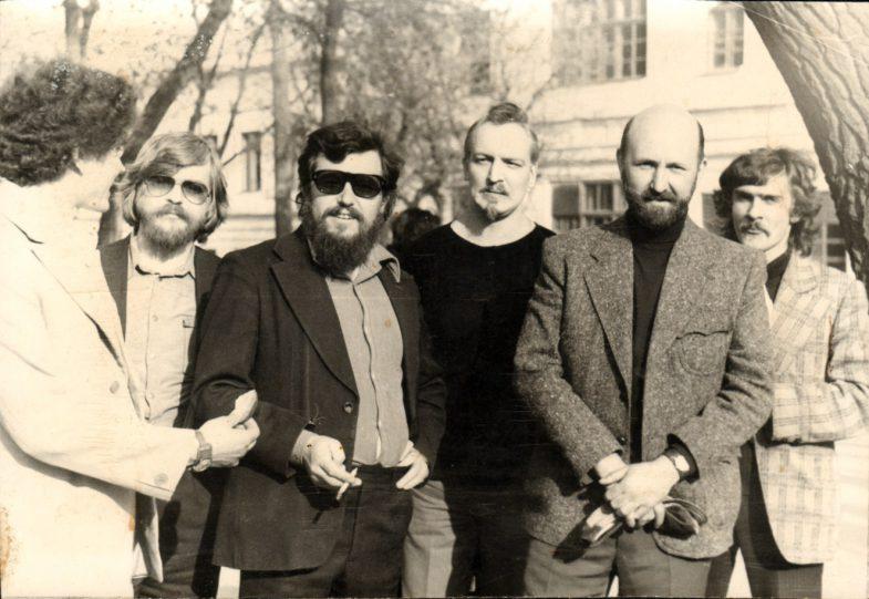 Братья Лазебные, Н.Ливада, Л. Стуканов, В.Светлицкий, Ю. Фесенко. Таганрог, 1982г.Публикуется впервые.