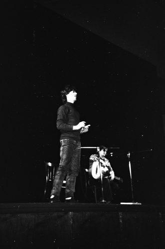 Майк Науменко и Александр Старцев. Таганрог. 8 декабря 1989 года. Фото: Сергей Ильич